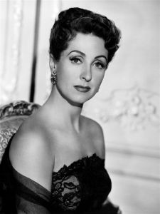 800px-danielle_darrieux_five_fingers_2